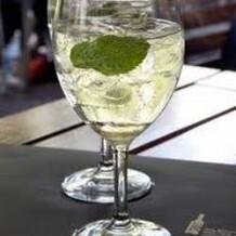 champagnepiscine.com